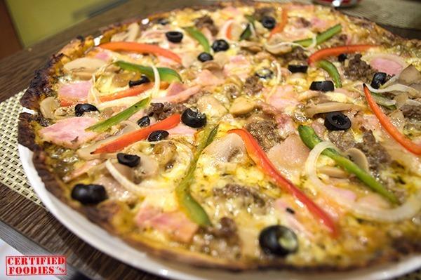 Koko Buri Primavera pizza