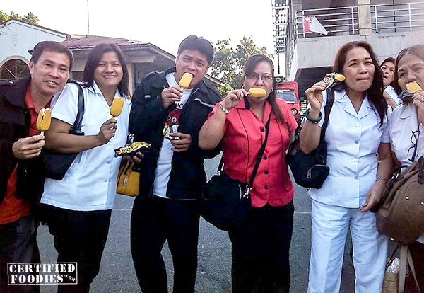 Our nanay's colleagues enjoying their Magnum Gold ice cream bars
