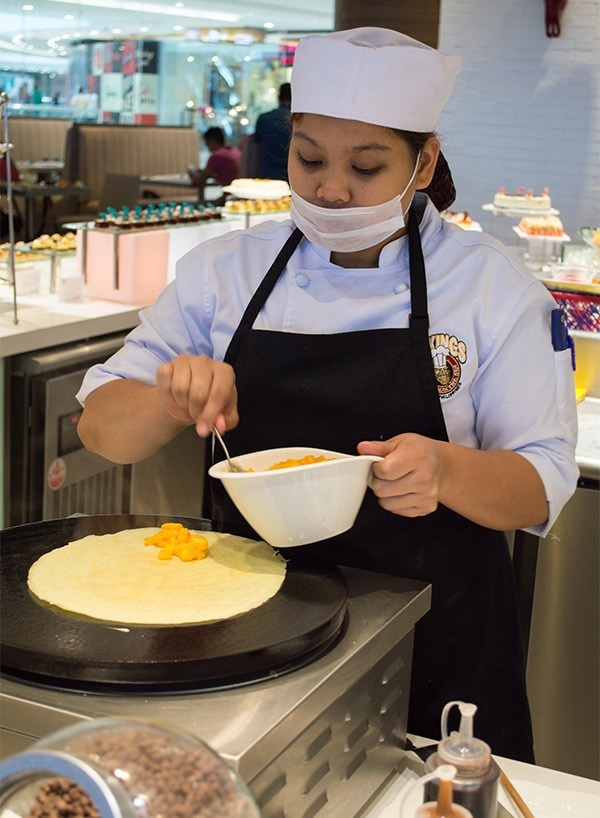Have the Vikings chefs prepare customized crepes for you