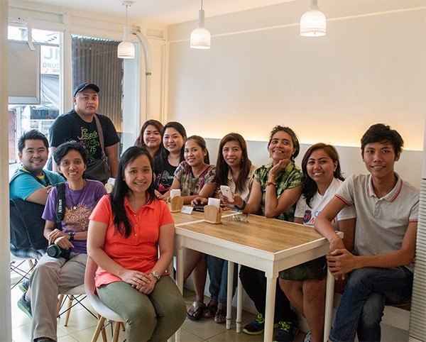 Bloggers at Cups and Cones with the owner, Emma