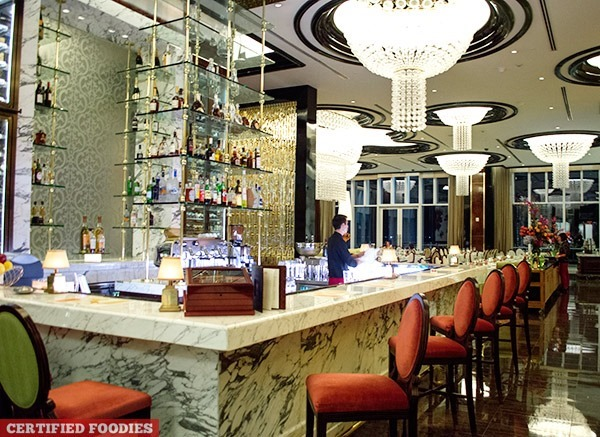 Bar at Finestra Italian Restaurant in Solaire Resort and Casino
