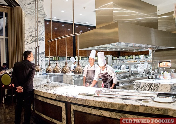 Show kitchen at Finestra Italian Restaurant in Solaire Resort and Casino