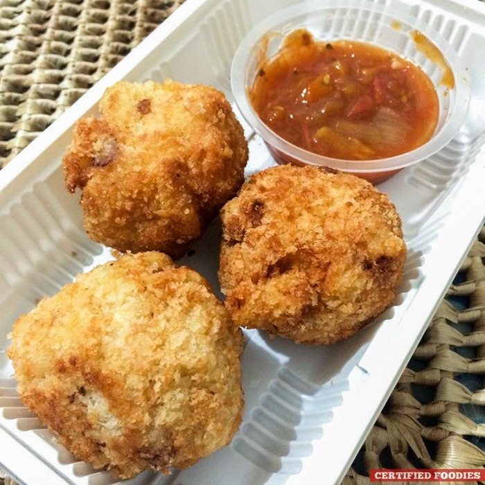 Mac and Cheese Bites with Tomato Salsa Dip from Healthy Foodie Manila