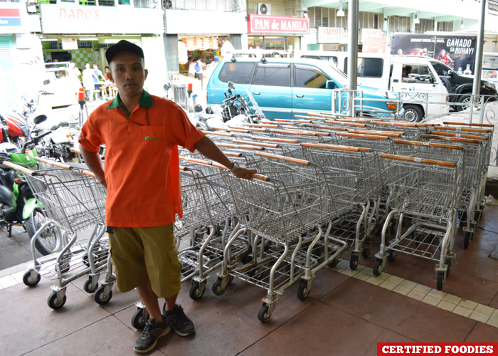 Free Use of Shopping Carts at Farmers Market at the Araneta Center Cubao