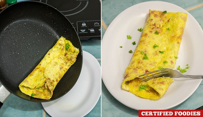 Cooking the perfect omelet with Lock & Lock Hard & Light Black & Silver non-stick pan