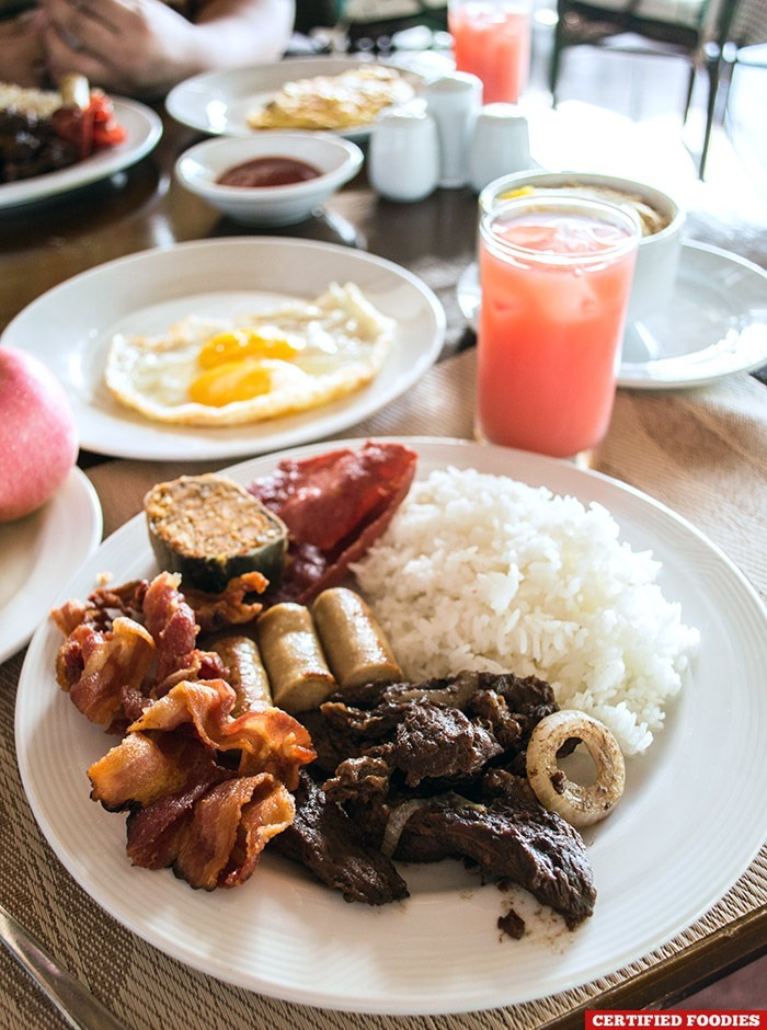 Breakfast at Ocean Restaurant at Club Paradise Resort in Coron, Palawan